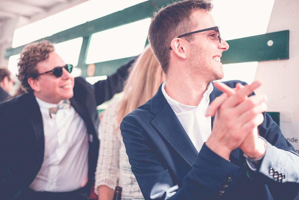 Hochzeitsfotograf in Berlin & Brandenburg - Gäste sind aufgeregt und freuen sich