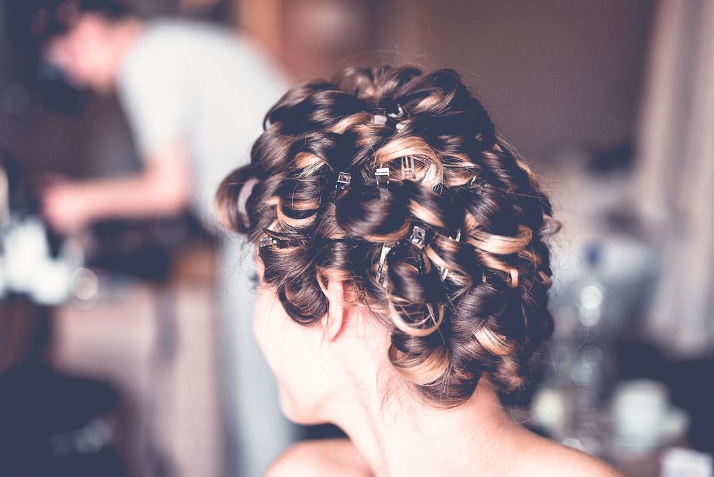 Berlin Hochzeitsfotos Haarstyling Hanna mit Locken und Highlights